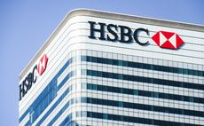HSBC chief executive steps down
