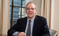 Fed's Dudley: September rate hike 'less compelling'