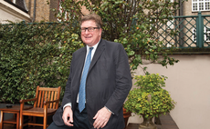 Crispin Odey builds huge short against UK government debt