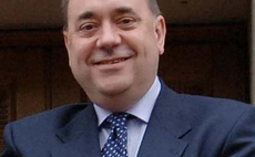 Salmond tried to quash Scottish financial services report