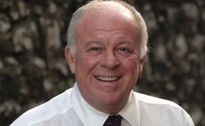 Peter Hargreaves hits out at HL and Woodford